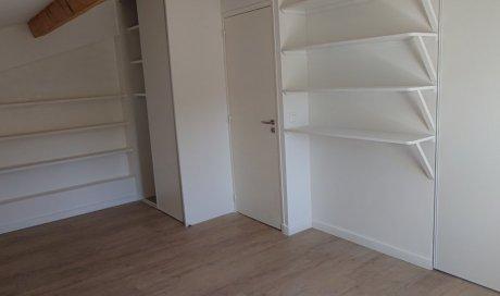 Artisan menuisier à Toulon pour l'aménagement de chambre et la création de dressing sur mesure